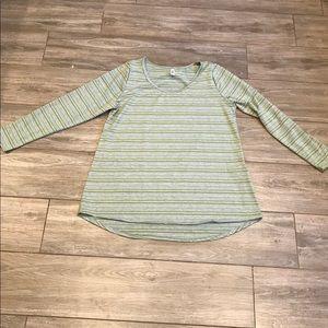 LuLaRoe 2XL Lynnae long sleeve shirt